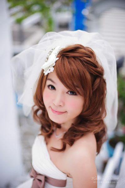 【結婚】分享。自助婚紗從攝影、妝髮、地點—自己包辦的小樂趣^^