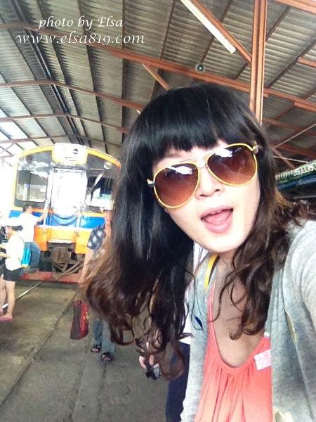 【旅遊】泰國曼谷。美功鐵道市場+安帕哇水上市場一日遊