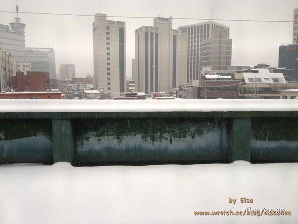 【旅遊】韓國。12月下著大雪的白色東大門♫