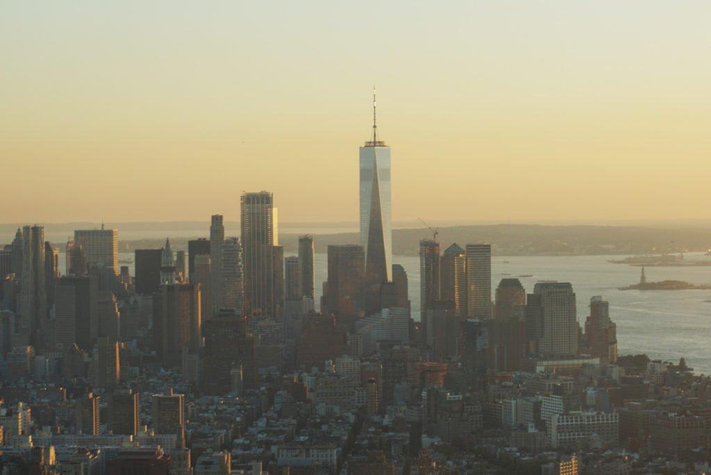 【紐約自由行】Day2 (下) 帝國大厦觀景台的日景到夜景Empire State Building~紐約必去景點!